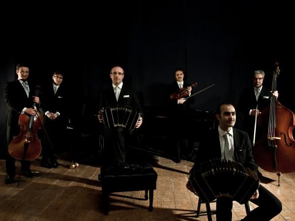 """Zotto en concierto de tango"" con Sexteto Tipico Viento de Tango e Miguel Angel Zotto"